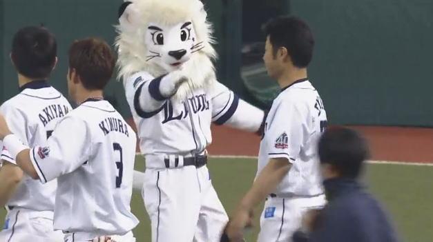 榎田投手4連勝