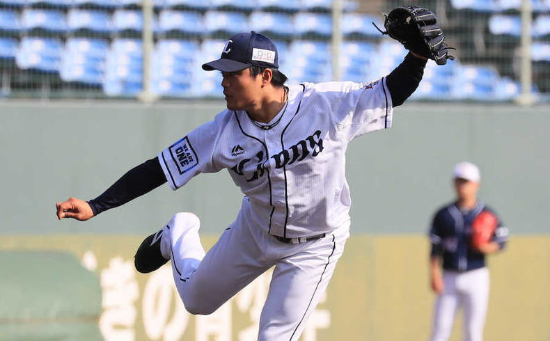 松本航投手