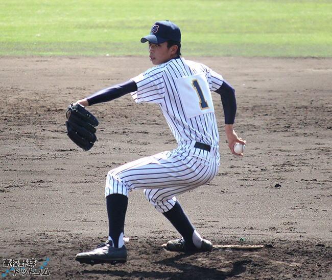 育成1位 出井 敏博投手